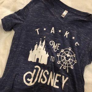 Disney Vneck!!